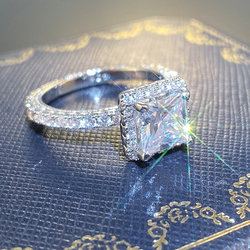 Huitan Fashion Contracted Square Crystal Zircon Women Ring Wedding Engagement Party Female Delicate Finger Ring Jewelry Hot Sale