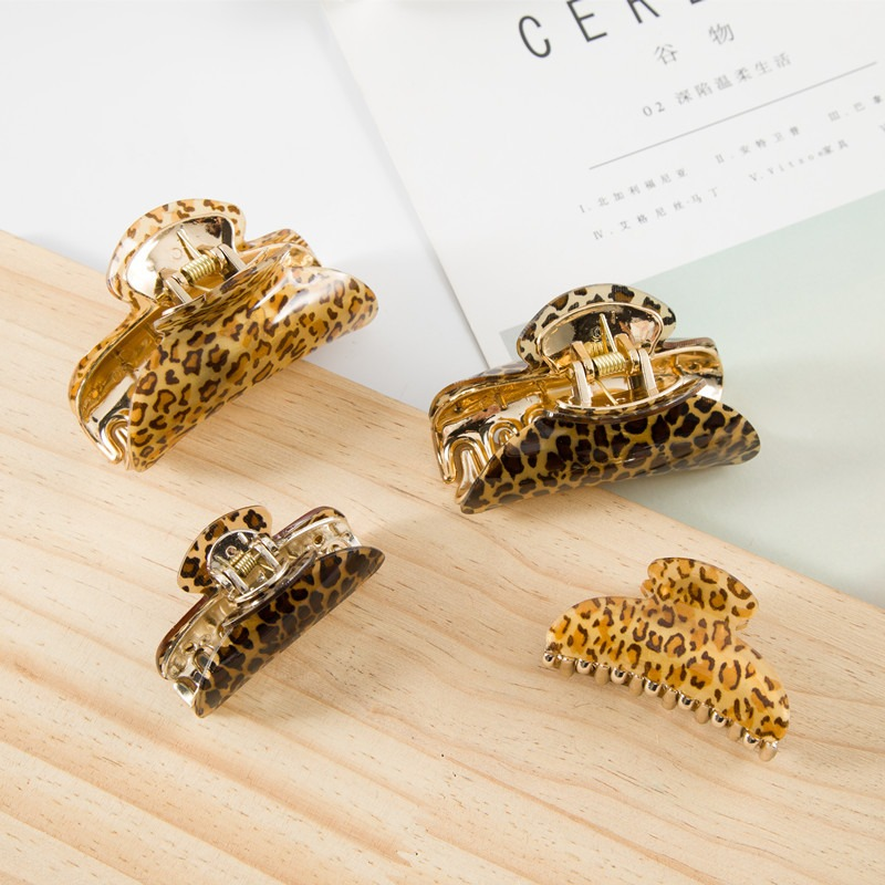 1 PC Leopard Acrylic Hair Claw Acetate Hair Clip Hairpins Women Girls Hair Crab Clamp Hair Accessories S L Size