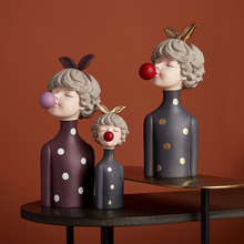 Nordic Decoration Home girl Sculpture Statue Living Room Decor Resin Girl Satatues office Decoration Accessories Modern Gifts