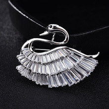Luxury Crystal Swan Brooches Woman Silver Cute Pins & Brooch For Women Broche Mujer CH19BRO9193