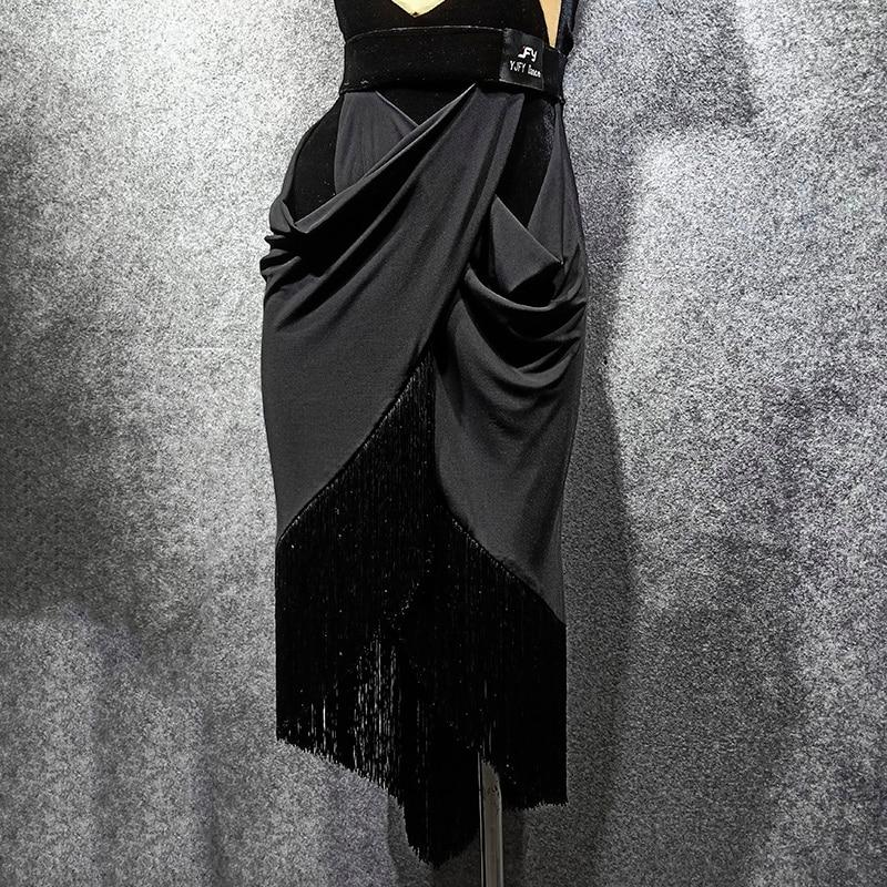 2019 Latin Dance Tassel Skirt Women  Autumn Winter New Personality Short Skirt Dance Practice Clothes Modern Tnago Skirt VDB1113
