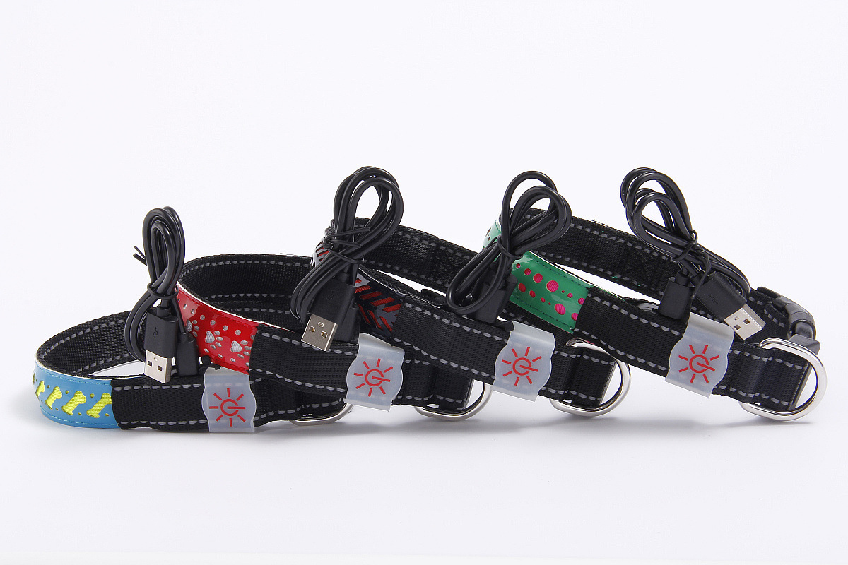 LED Shining Pet Dog Collar Varved Hide Substance Different Floral 4 PCs Color A Generation