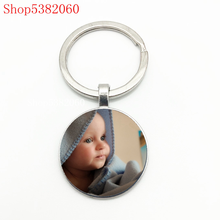 цена Customizable Keychain Family Portrait Photo Baby Boy Dad Mom Brother Sister Grandmother Family Portrait Private Personality