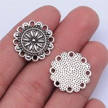 Wysiwyg 10 pçs 19x19mm antigo cor de prata oco flor padrão encantos pingente para fazer jóias diy jóias descobertas
