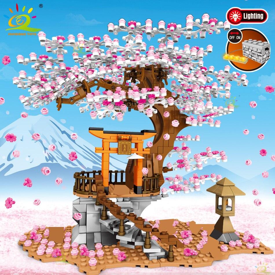 HUIQIBAO 1167Pcs Cherry Shrine Torii City Architecture Street View Building Blocks Sakura Tree Lighting Bricks Figures Toys Kid