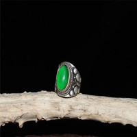 Collection Chinese Tibetan Silver Carving Inlaid Emerald Ring Exquisite Ring Decoration Gifts