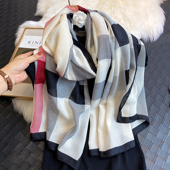 New 2020 Luxury Brand Autumn and Winter Fashion Scarf Designer Long Scarf Ladies Autumn and