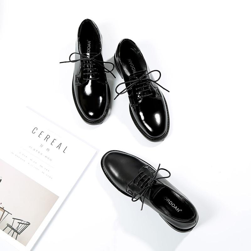 Mordoan genuíno couro de vaca oxfords sapatos femininos rendas-up senhoras brogue flat derby sapatos de couro patente tamanho grande 44 45 46