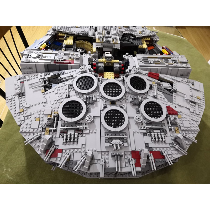 DHL 05132 Star Series Wars The 75192 Ultimate Collector's Model Star Destroyer Building Blocks Bricks Kids Toys Christmas Gifts 1