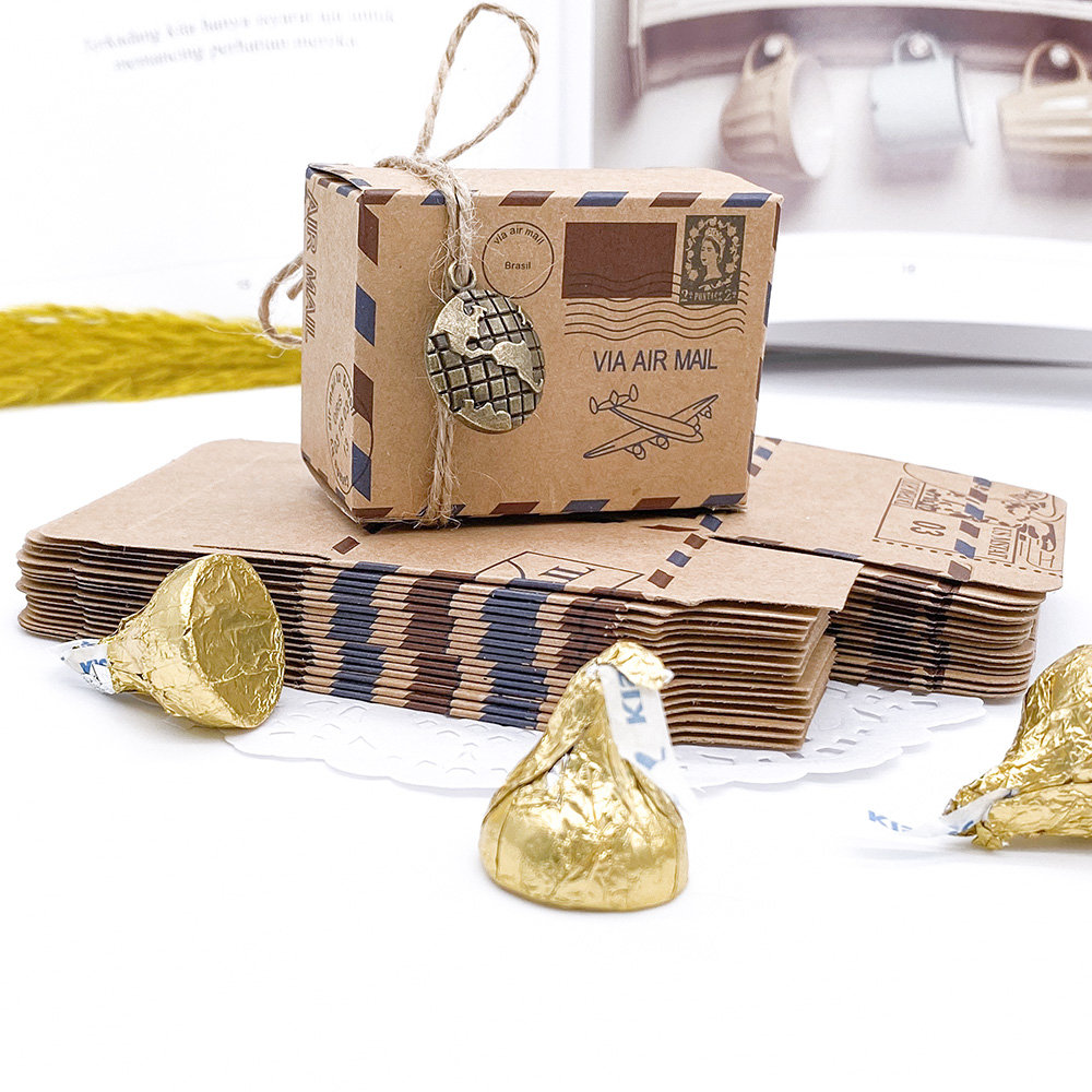 100pcs Vintage Favors Kraft Paper Candy Box Travel Theme Airplane Air Mail Gift Packaging Box Wedding Souvenirs scatole regalo image