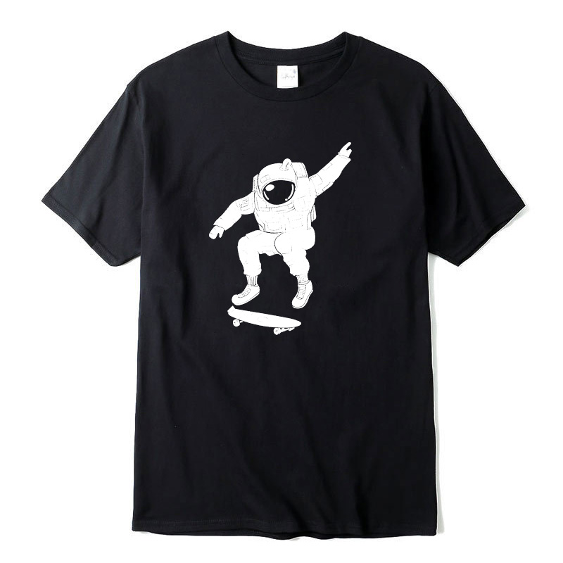 Men's t-shirt 100% cotton astronaut play the skateboard print o-neck short sleeve designs men T-shirt casual summer loose tshirt