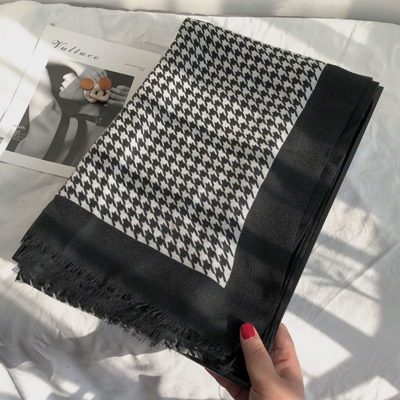 Style Scarves Simple Small Plaid Cotton Linen Women Autumn Winter Version Versatile Black White Thousand Bird Pattern Long