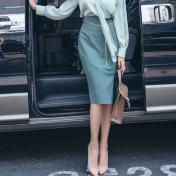 The 2020 autumn new women's Korean fashion show thin high waist skirt women's skirts pure color 1