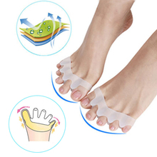 2pcs New Protective Toes Separator Suitable Bunion Corrector Material Soft Gel Straightener Spacers Stretchers Care Tool