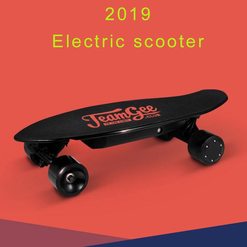Scooter électrique pour adultes 4 roues Scooters électriques moteur 350W Bluetooth à distance Longboard planche à roulettes électrique