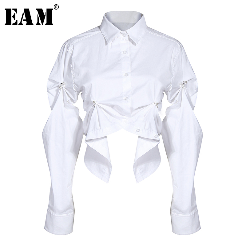 [EAM] Women White Asymmetrical Pleated Blouse New Lapel Long Sleeve Loose Fit Shirt Fashion Tide Spring Autumn 2020 1N883