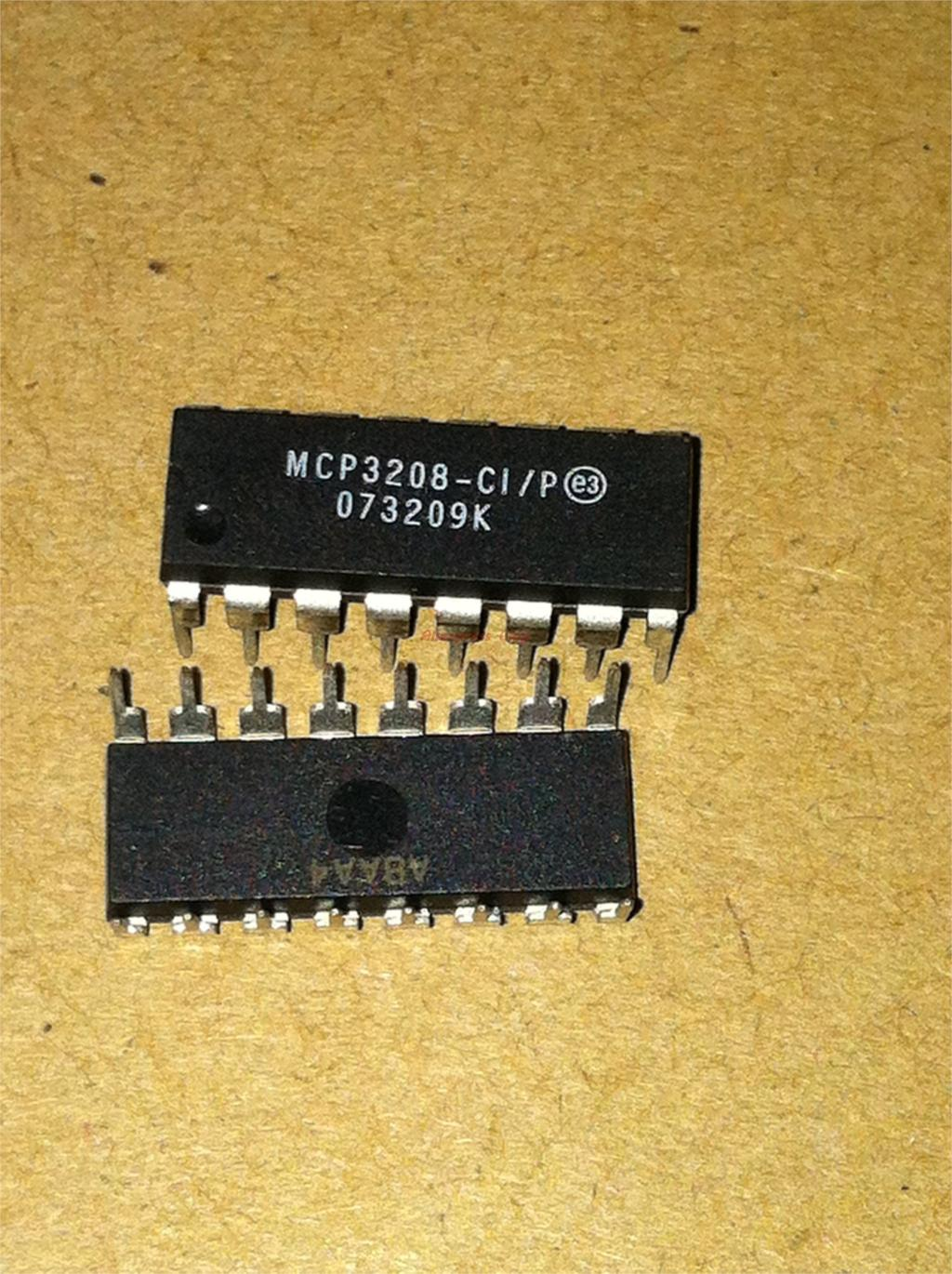 1pcs/lot MCP3208 MCP3208-CI/P DIP-16 In Stock
