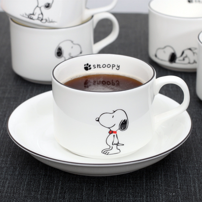 Factory Direct Sale Bone China Coffee Cup and Saucer Cartoon Afternoon Tea Cup and Saucer Set Support LOGO customization