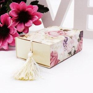 Image 5 - Caixa de papel doces 50 pçs/lote casamento, embalagem de presente de casamento caixa de doces forma de gaveta lembrancinha viagem caixa de doces flores casamento lembranças caixa de presente