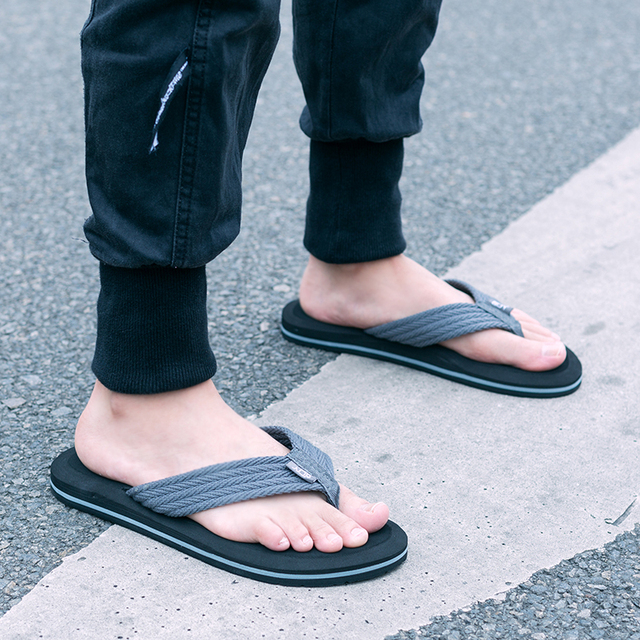 Summer Men Flip Flops High Quality Comfortable Beach Sandals Shoes for Men Male Slippers Plus Size 47 Casual Shoes Free shipping 1