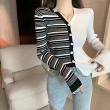 Корейские свитера Женский Асимметричный свитер вязаный с v образным