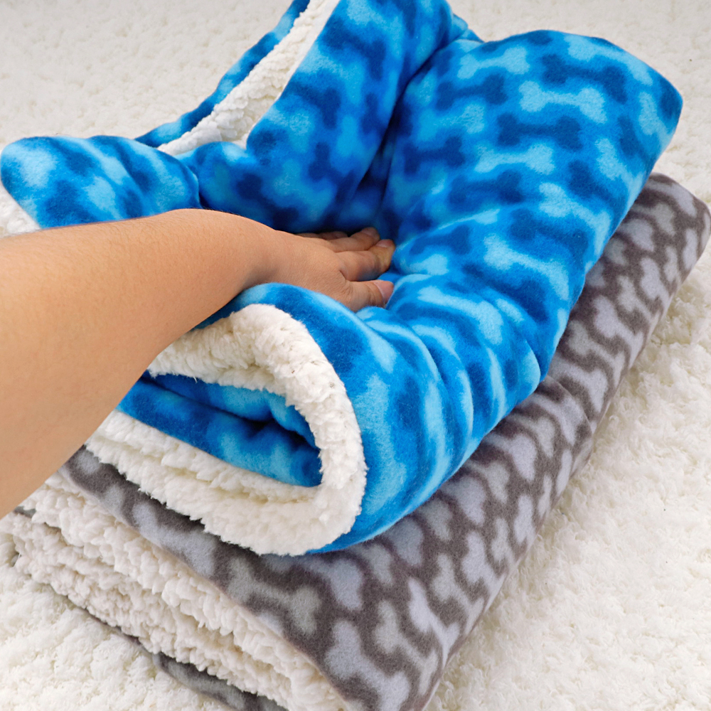 Soft Fleece Dog Warm Bed Mat