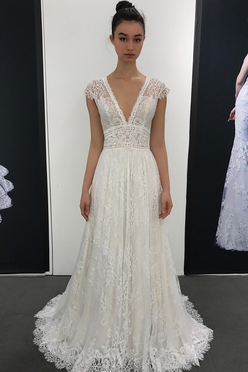 2020 Boho Lace Wedding Dresses For Bride Long A Line V Neck Cap Sleeves Bridal Gowns Vestido De Noiva