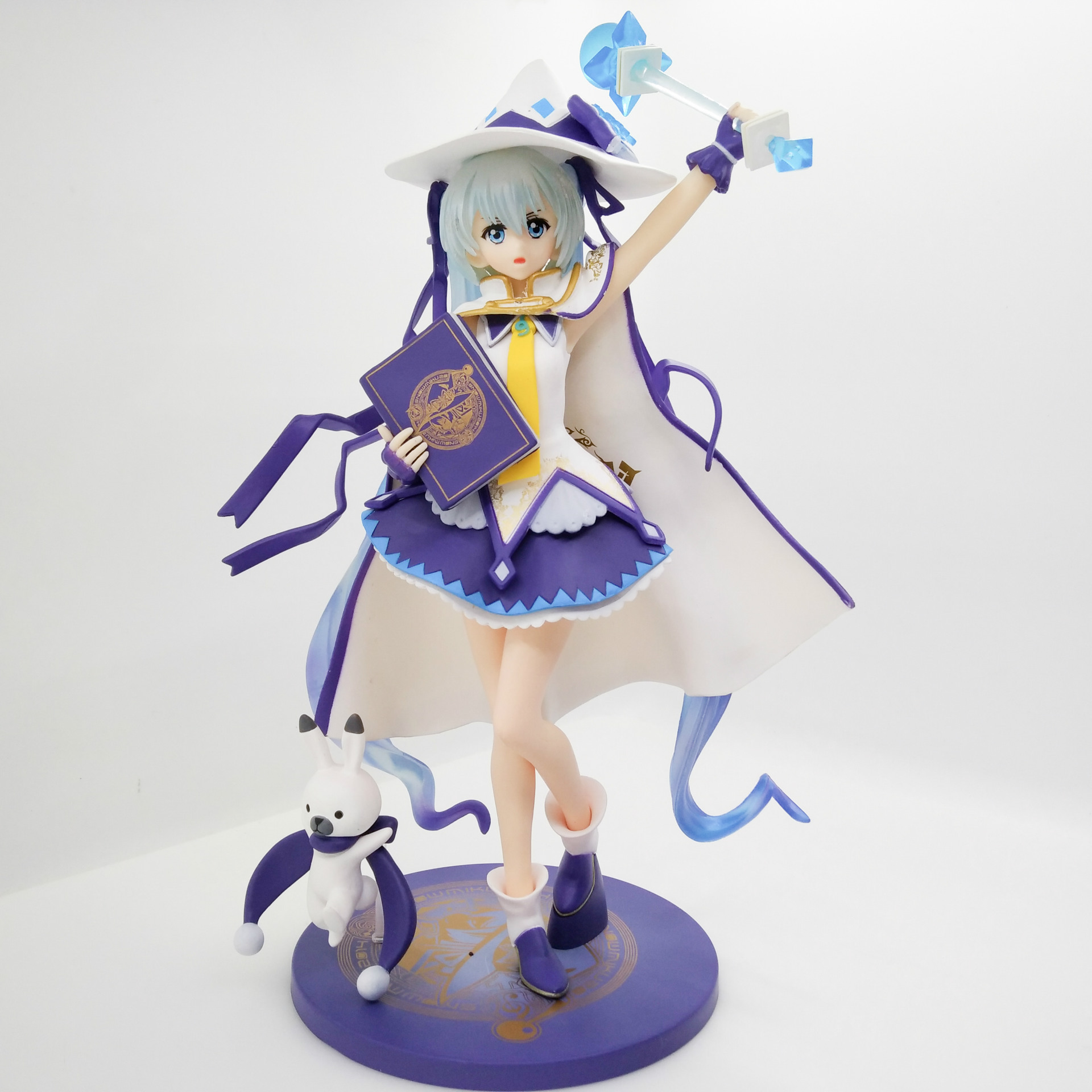 27cm Anime Action Figure VOCALOID Hatsune Miku Magical Snow Ver with Book and Magic Stick PVC Model Collection Magic Girl Doll hatsune miku winter plush doll