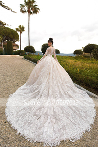 Image 3 - Vestido De Novia Luxury Lace Wedding Dress 2020 Long Sleeve Gorgeous Scoop Robe De Mariee Plus Size Chaple Train Wedding Gowns