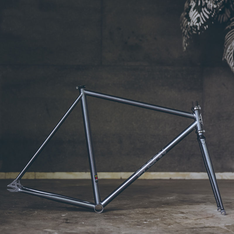 525 pipe fixie <font><b>bike</b></font> <font><b>frame</b></font> Chrome molybdenum <font><b>steel</b></font> Reynolds one speed fixed gear <font><b>bike</b></font> <font><b>frame</b></font> customize bicycle 50cm 53cm 55cm image