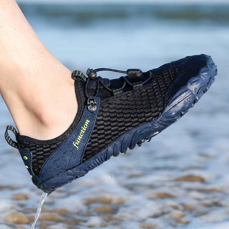 Unisex Mesh Aqua Shoes Men Breathable Upstream Water Sneakers Women Beach Wading Shoes Non-slip Outdoor Climbing Hiking Shoes