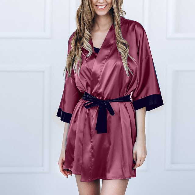 Women's Fashion Kimono Patterned Silk Pajamas