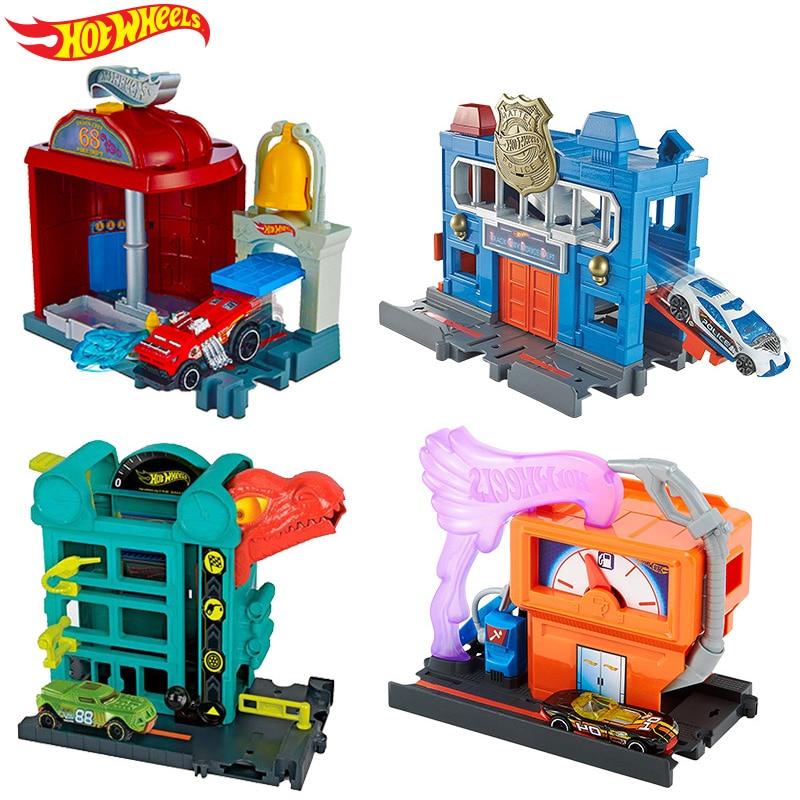 Original Hot Wheels City Theme Diecast 1:18  Urban Car Track Toys for Children Oyuncak Araba Car Model Accessories Playset
