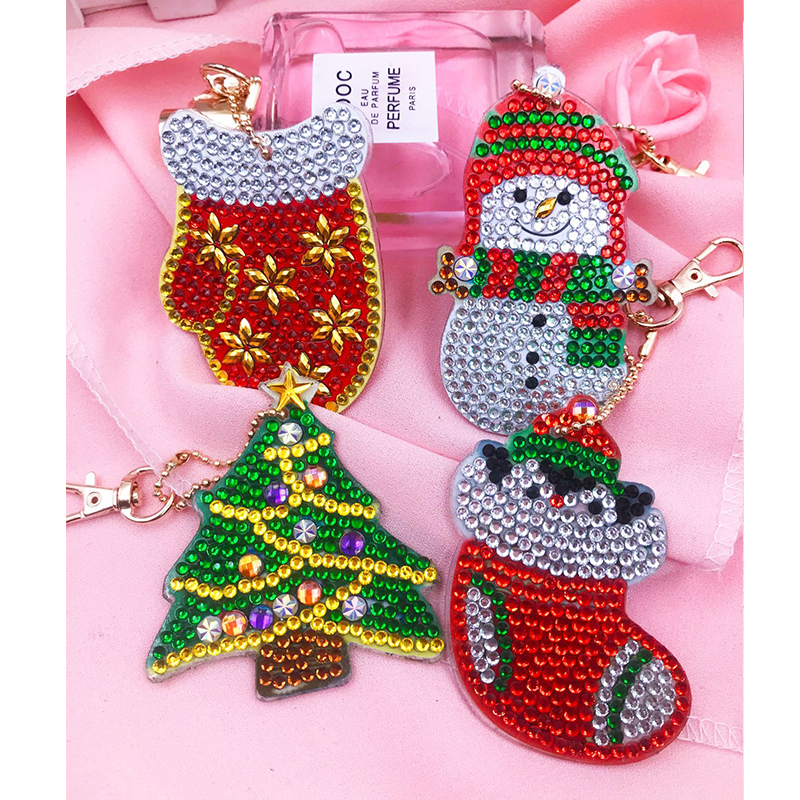 5d Diy Diamond Painting Keychain For Christmas Tree Gift Cat Unicorn Keyring 4sets With Free Shipping Bag Jewelry Ornaments DS01