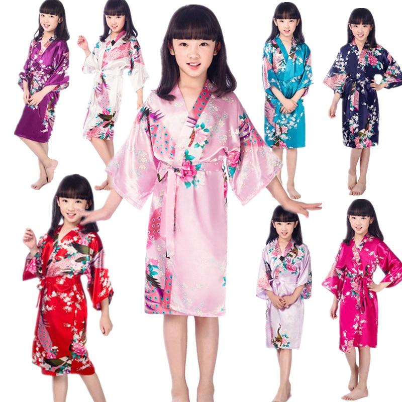 Wholesale Link Children Bathrobes Kids Sleepwear Clothing Girls Stain Silk Kimono Peacock Flower Robe For Spa Wedding Birthday