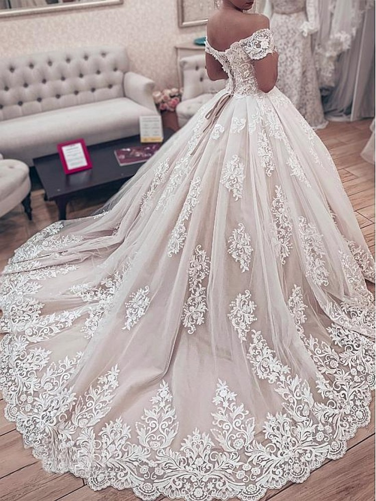Gorgeous Lace Ball Gown Sweetheart Off The Shoulder Appliques Lace Up Back Muslim Bride Wedding Dresses (2)