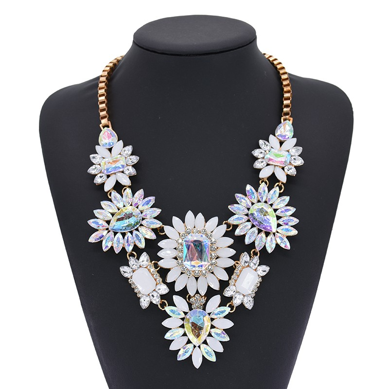 PPG & PGG V Shape Rhinestone Flower Water Drop Crystal Statement Crystal، گردنبند زنان چوک یقه جواهرات سفارشی