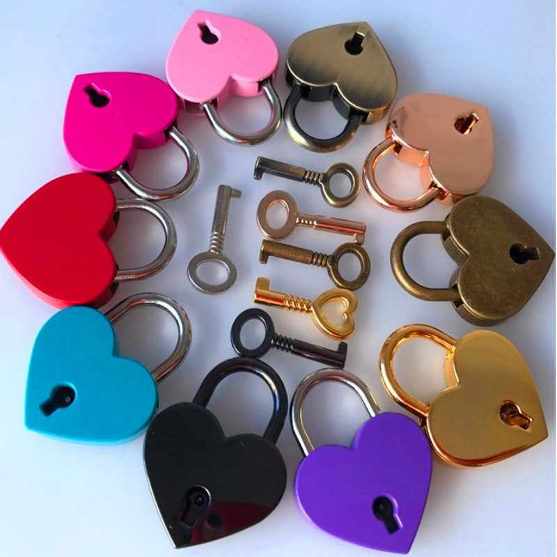 Mini Portable Heart Shape Old Antique Vintage Style Archaize Padlocks Gym locker Security Key Lock With Key Luggage Lock