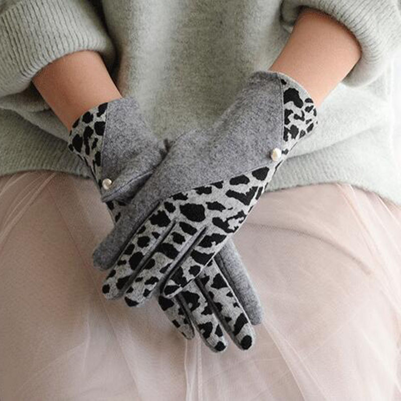 Winter Warm Women Gloves Leopard Pearl Cashmere Gloves Wool Embroidery Touch Screen Gloves High Elastic Driving Gloves E51