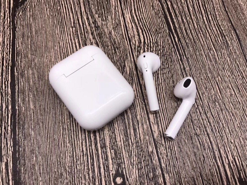 Wireless earphones (9)