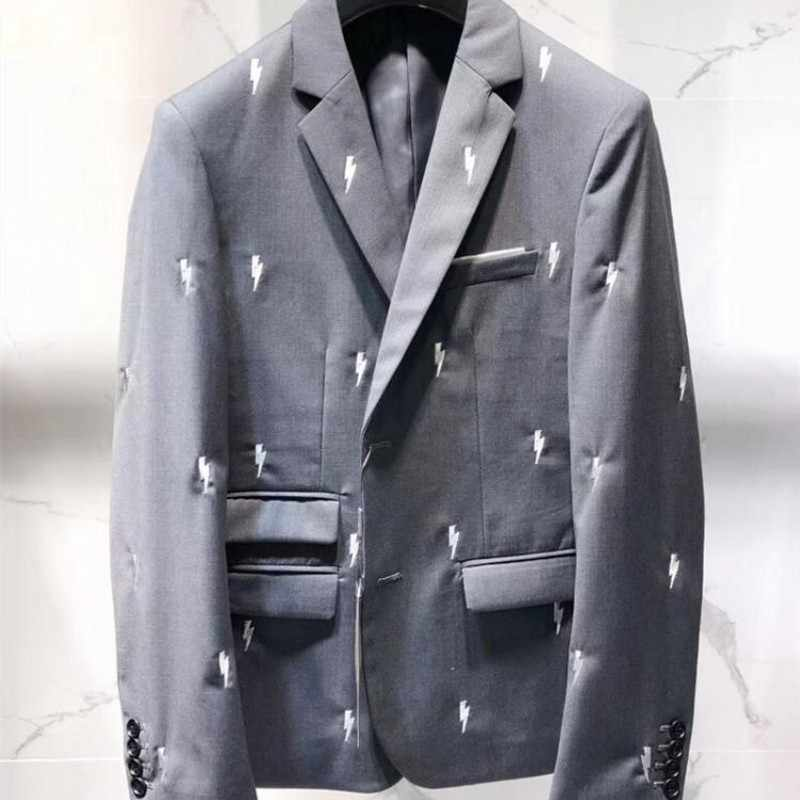 Mens di Marca di Lusso Luci Del Ricamo Del Progettista 2020 Nuova Giacca Sportiva Vestiti di Grigio di Affari di Lavoro Abiti di Usura Del Vestito Slim Fit Abiti da Sposa
