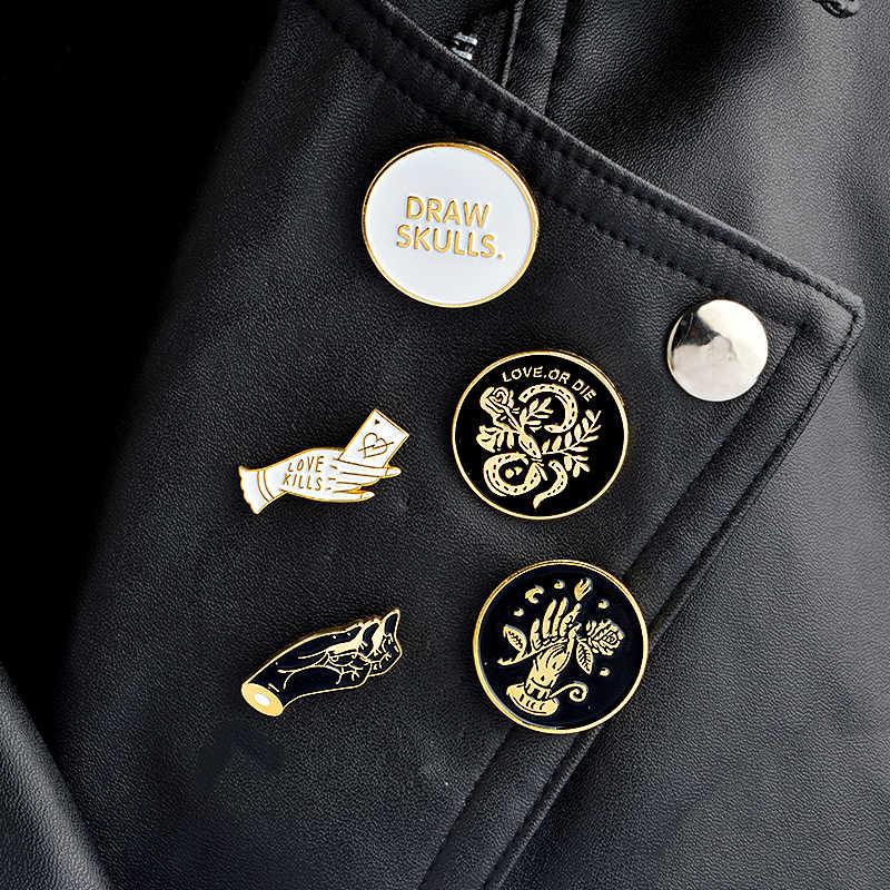 Menggambar Tengkorak Pin Bulat Emas dan Perak Tangan dan Bunga Ular Enamel Pin Bros Kemeja Tas Kerah Pin Lencana Punk perhiasan Hadiah