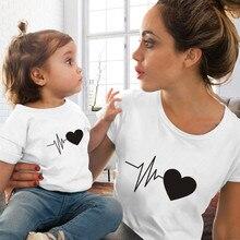 Новая одежда для мамы и дочки с принтом в стиле Харадзюку; футболки для женщин и детей; повседневные футболки; Семейные комплекты