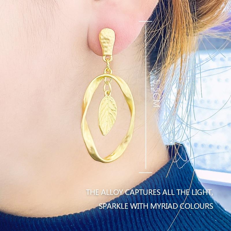 Earrings 2020 New Hollow Leaf Ear Hooks Women's Earrings Bump Metal Earrings Korean Fashion Earrings