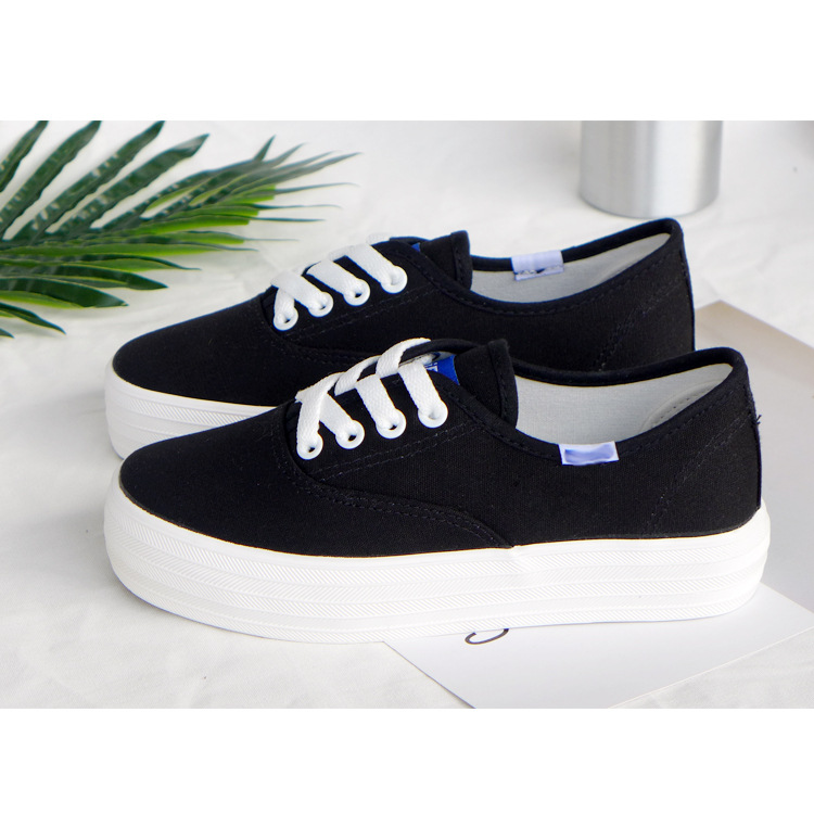 Black Shoes WOMEN'S Canvas Shoes Thick Bottomed Strawberry Board Shoes Retro Versatile Hong Kong Style Short In Size Special Off