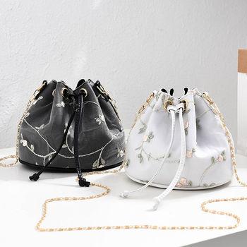 Luxury  Embroidered PU Leather Chain Crossbody Bucket Bag 1
