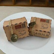100 Uds. Tema de viaje papel Kraft clásico Cajas de Regalo de dulces Air Mail avión impreso boda Cajas de Regalo favores bolsas de embalaje