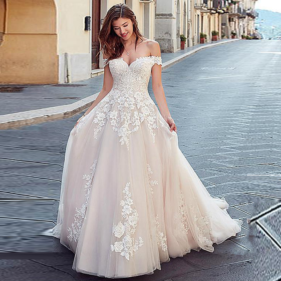 Bridal Sweetheart Neckline Off The Shoulder Lace Applique A-line Wedding Dress Button Back Court Train свадебные платья