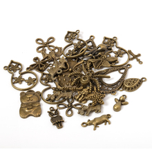 50g 100g colgantes de dijes mixtos de bronce antiguo DIY joyería que hace pulseras Vintage artesanía Metal aleación de Zinc accesorios de bricolaje