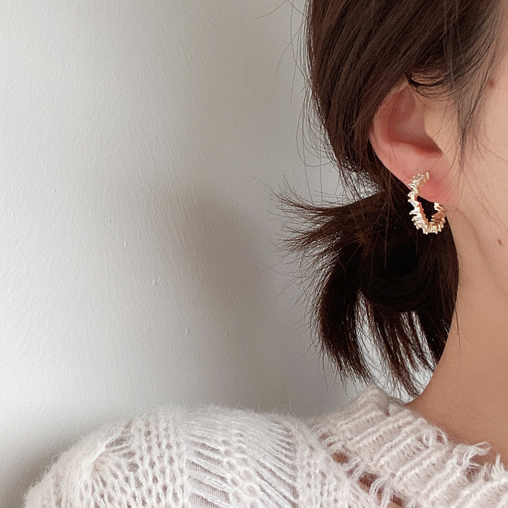 Prevent Allergy Round Cute Zircon Stone Stud Earring For Women Crystal Ear Ring Fashion Jewelry 2020 New Korean Hoop Earring